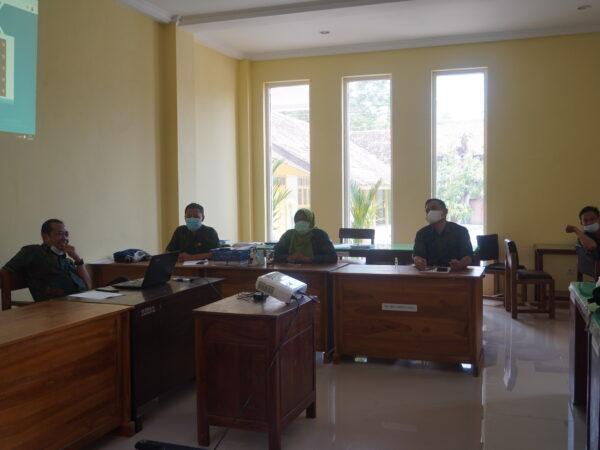 Rapat Dinas Persiapan Ujian Sekolah Tahun Pelajaran 2020/2021