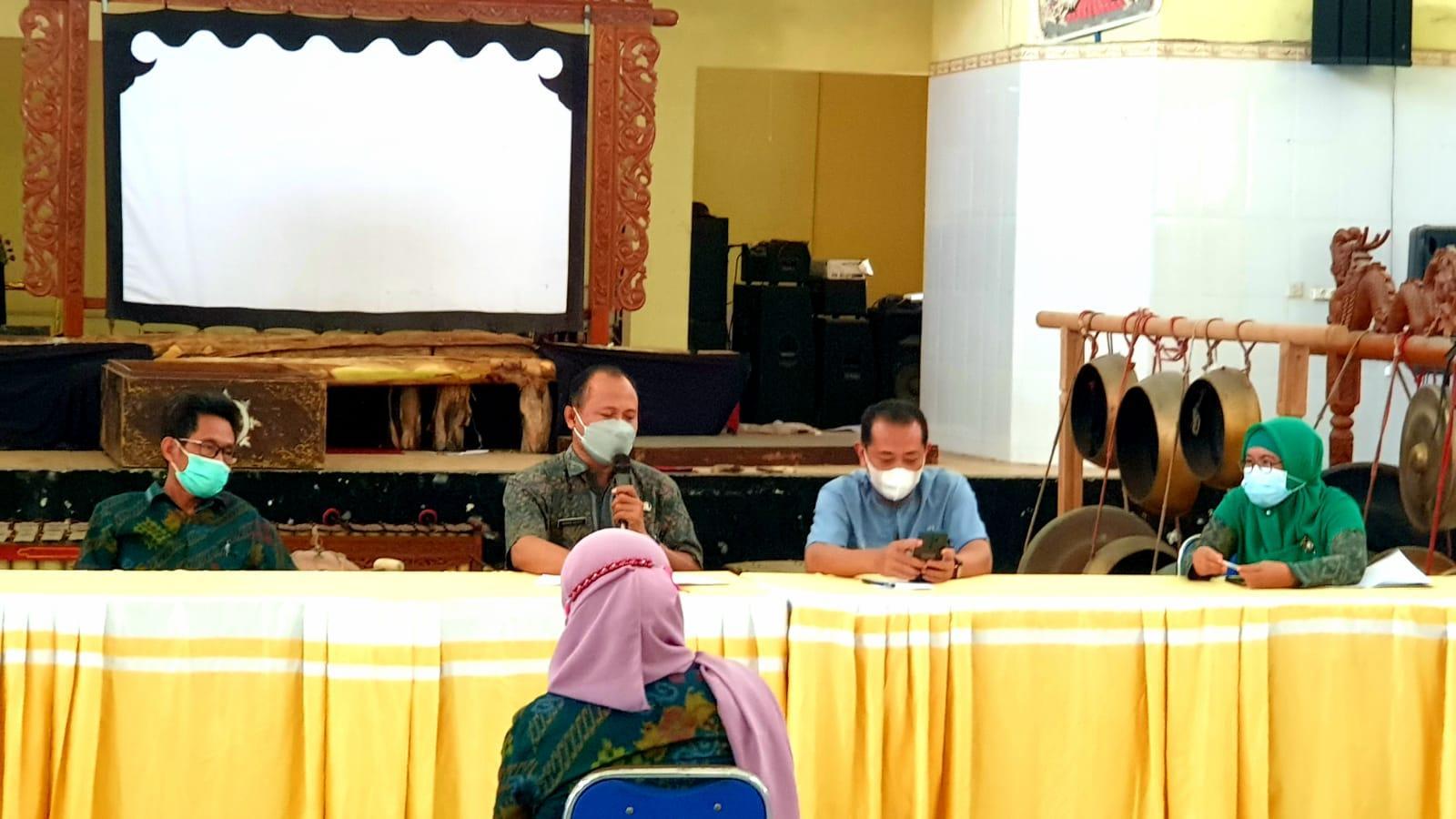 Rapat Evaluasi Simulasi Pertemuan Tatap Muka I dan Persiapan Simulasi Pertemuan Tatap Muka II